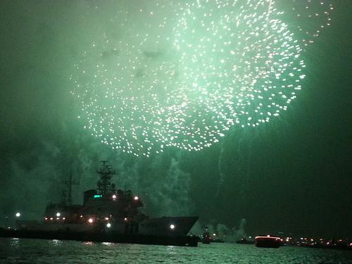 横浜の花火を見に行きました